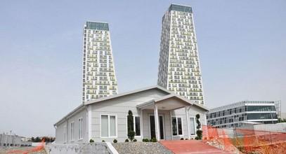 El edificio de Monumento para oficina de información y ventas fue completado